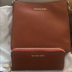 Michael Kors large messenger bag & wallet